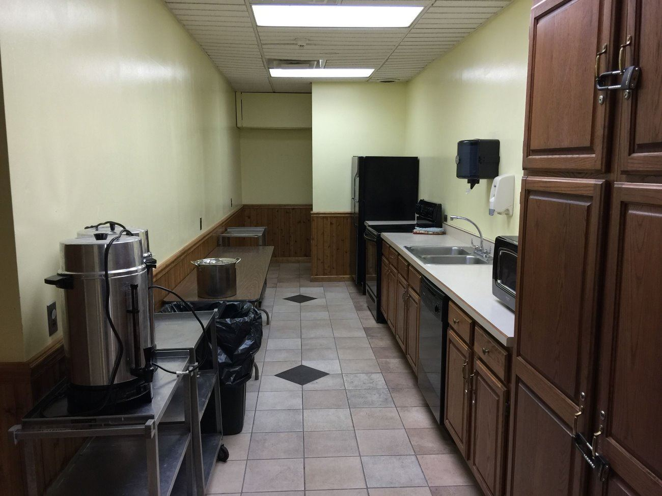 MTL Rec Community Center - Shared Kitchen